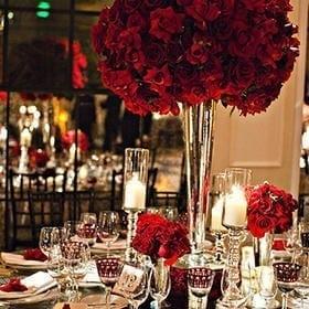 explore-red-roses-arrangement