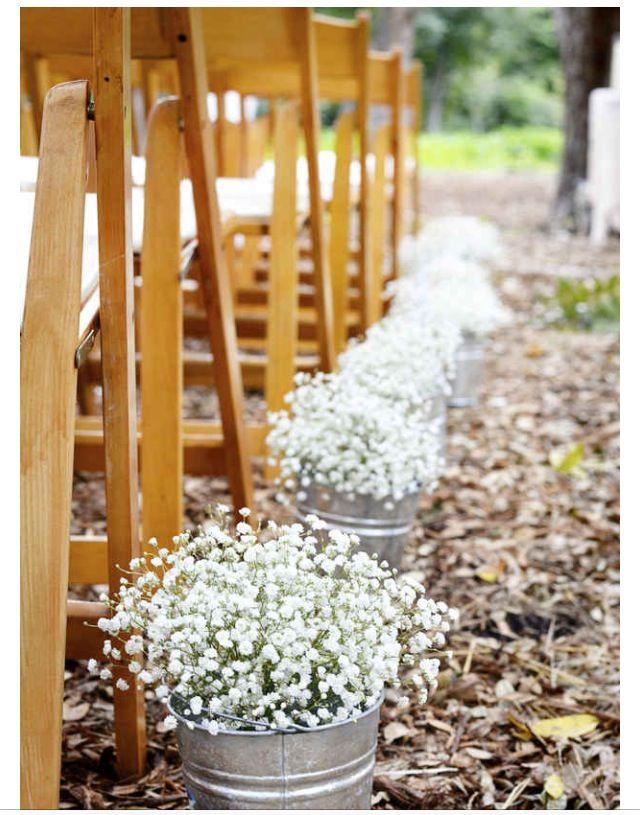 baby's breath wedding aisle
