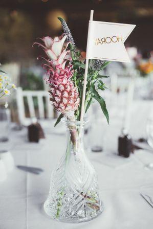 mini-pineapple-table-decoration