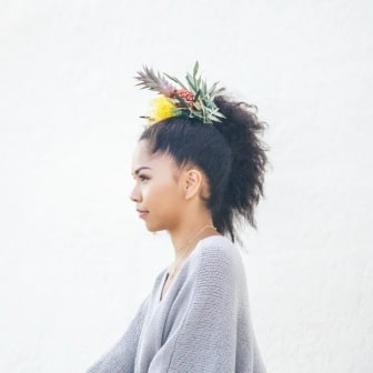 pineapple-flower-crown
