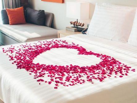 Rose Petal Bed Decoration